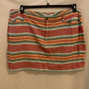 Old Navy Striped mini skirt. Size 18